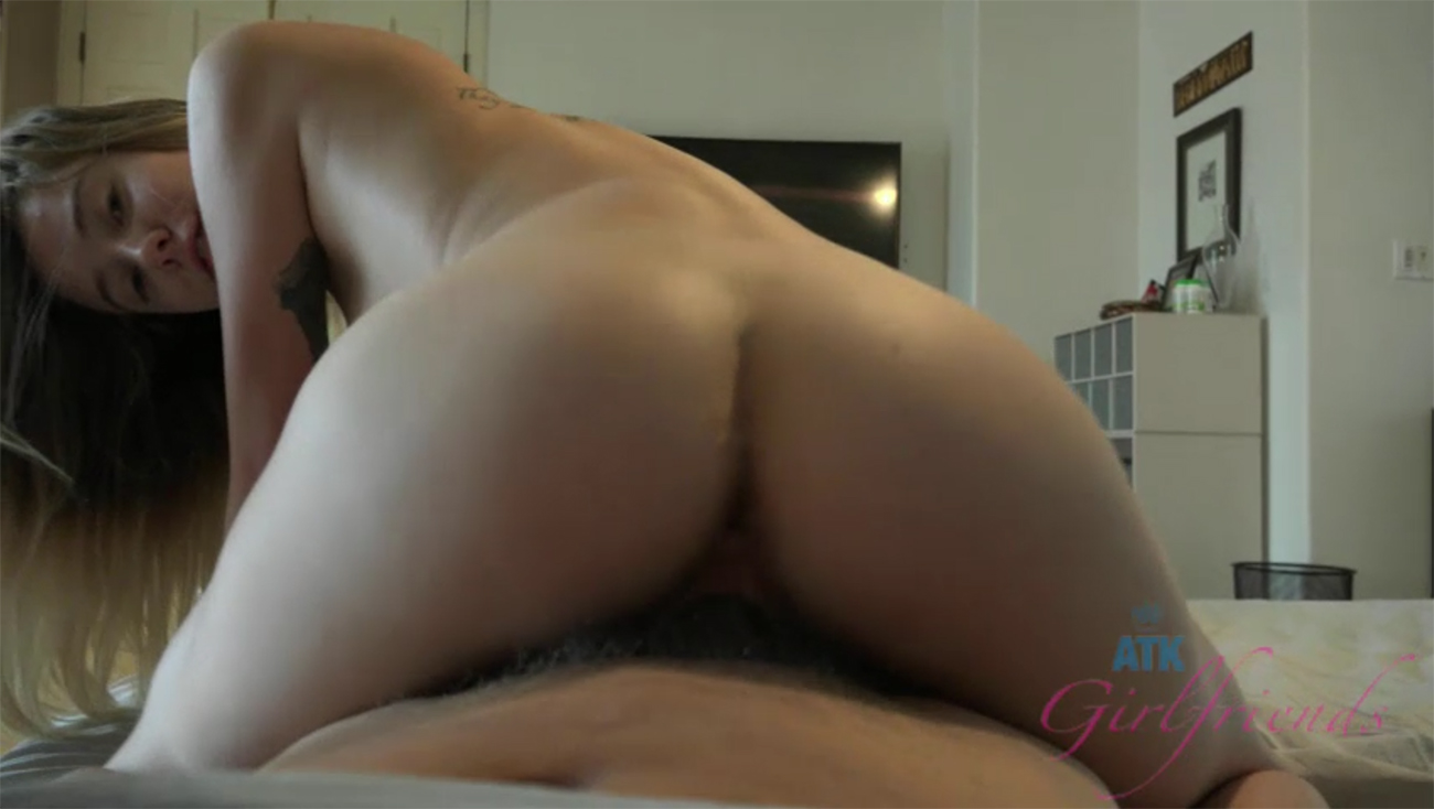 Haley Reed comes over and fucks you (POV Style)
